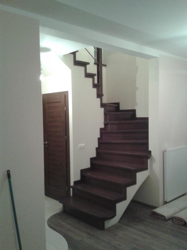 schody-drewniane-0-02.jpg
