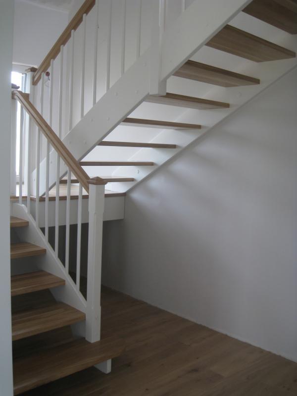 schody-drewniane-0-10.jpg