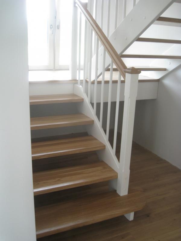 schody-drewniane-0-12.jpg