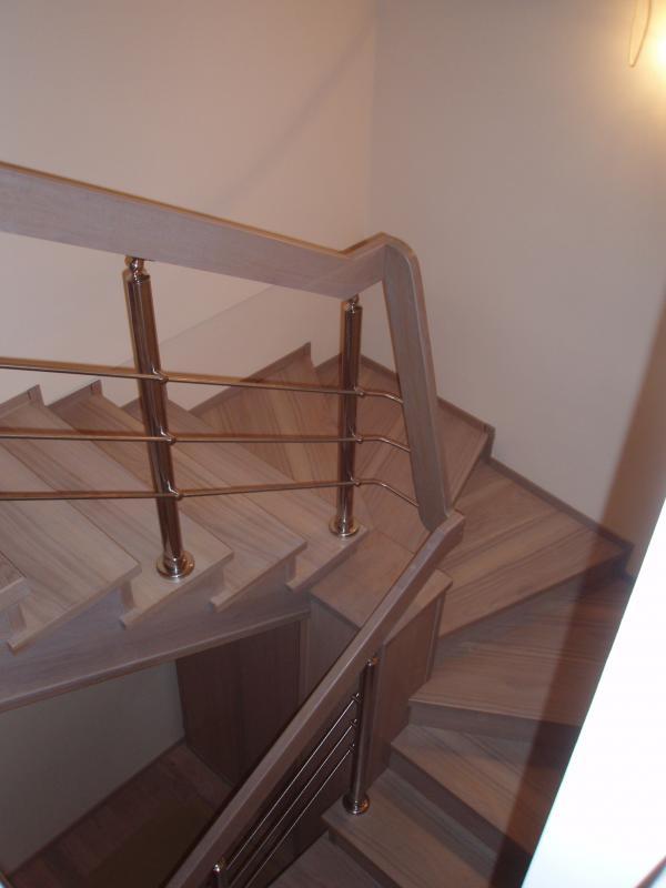 schody-drewniane-37.jpg